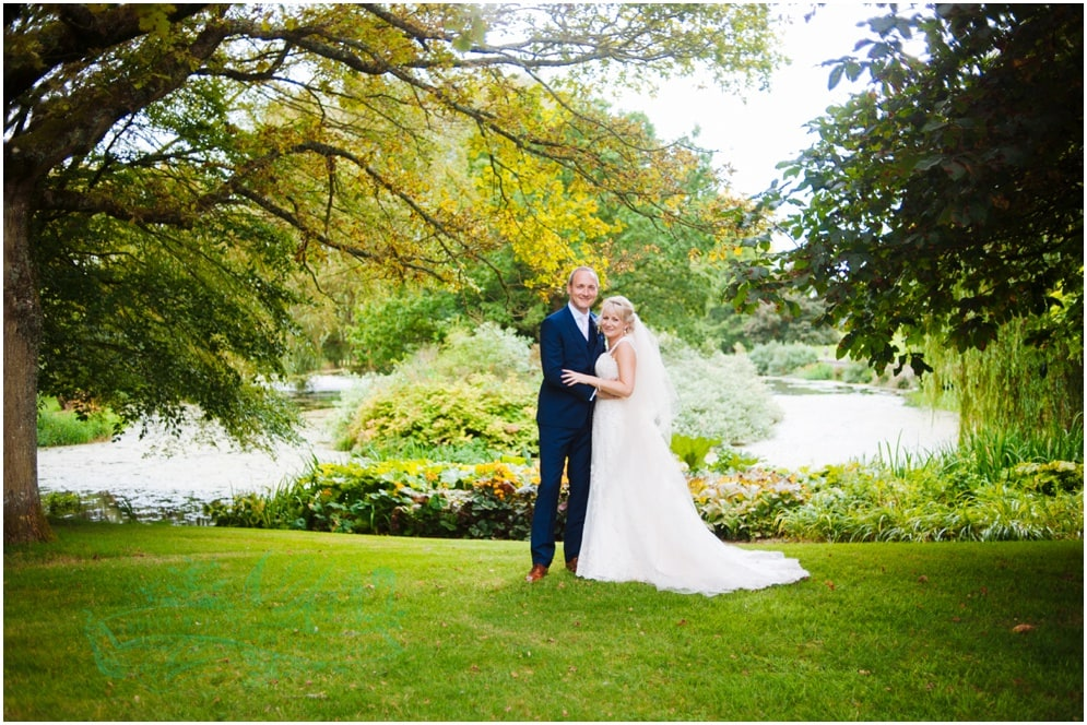 Sara & Simeon's  Dorset wedding previews