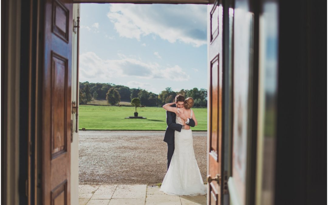 Winchester Wedding Photographer: Avington Park Wedding – Tim & Emma