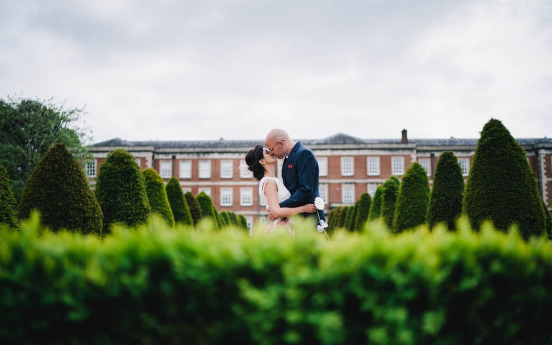 Annie & David's Winchester Registry office wedding