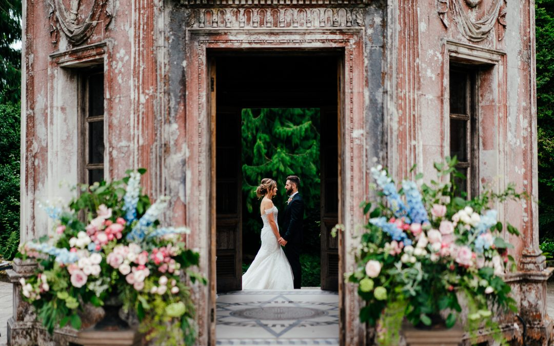 Oliver & Louise's beautiful  Wedding by Larmer Tree wedding photographer Angela Ward Brown