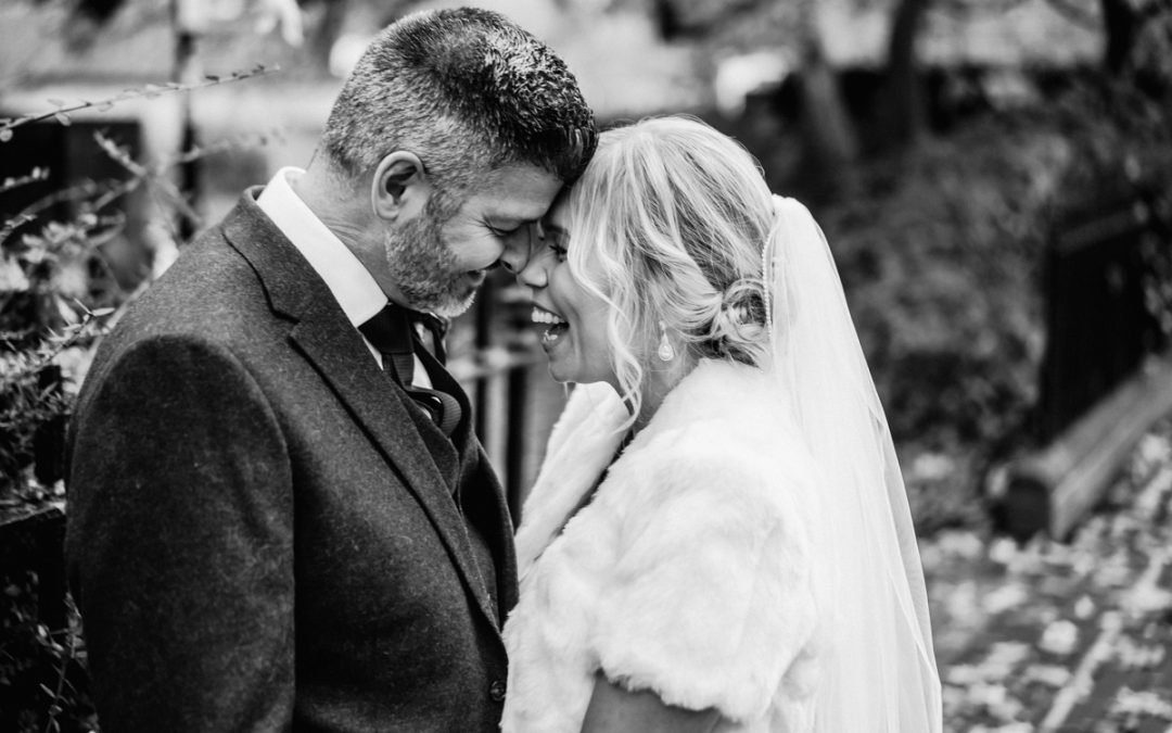 Alex & Danielle's Romsey Abbey autumn wedding